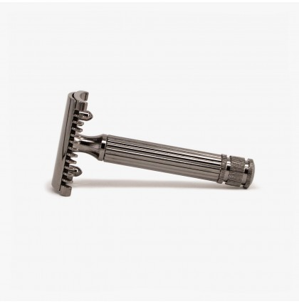 FaTip Grande DE Safety Razor - Black Metal